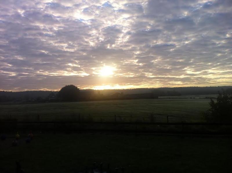 Zonsondergang in Beek op de Waanhoeve
